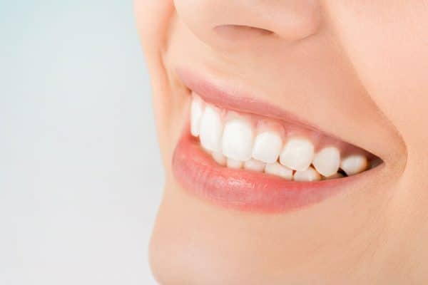How Cosmetic Dentists Can Make Your Teeth Look Beautiful